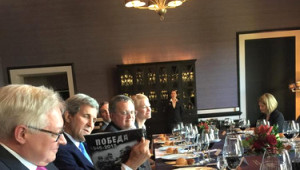 Kerry 2 Yıl Aradan Sonra Rusya'da; Patates, Domates Diplomasisi