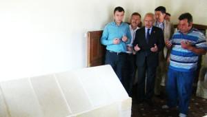 Kılıçdaroğlu Türbede CHP'nin İktidarı İçin Dua Etti