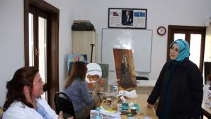 Ak Partili Özlem Zengin'den Meral Akşener'e Tam Destek