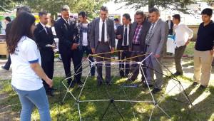 Akşehir Anadolu Lisesi'nden Tübitak Fuarı