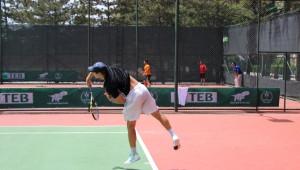 Anadolu Üniversitesi'nde Tenis Heyecanı