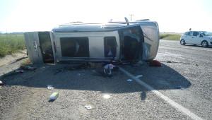 Kahta'da Minibüs Devrildi: 12 Yaralı