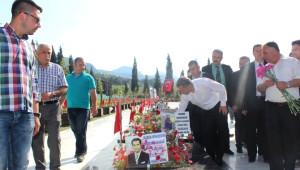 Ak Partili Özdağ'dan CHP'li Belediyelere 'Su' Göndermesi
