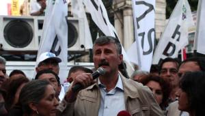 Fotoğraf) Hdp Binalarına Yapılan Saldırılar Beyoğlu'nda Yürüyüşle Protesto Edildi