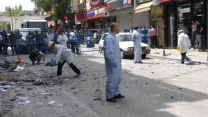 Hdp Adana İl Binasındaki Patlamada 5 Partili Yaralandı