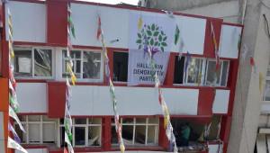 Hdp Mersin ve Adana İl Binalarında Patlama (4)