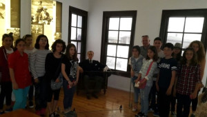 Süleymanpaşa Belediye Başkanı Eşkinat, Atatürk Konulu Şiir Yarışması Birincilerini Selanik'e Götürdü