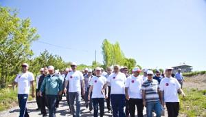 Ahlat'ta Gençlik Yürüyüşü