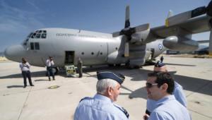 Çipras, Riga'ya Nakliye Uçağı ile Gitmek Zorunda Kaldı