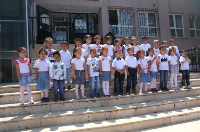 Osmaneli'de Miniklerin Yıl Sonu Gösterisi