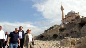 TOKİ Başkanı Ergün, Belediye Başkanı Ünver'i Ziyaret Etti