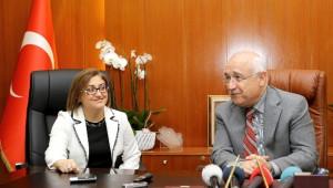 TBMM Başkanı Çiçek'den Başkan Şahin'e Ziyaret