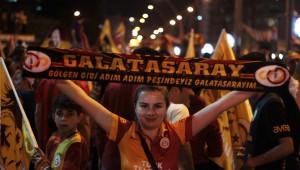 Adana'da Galatasaray Taraftarının Şampiyonluk Kutlamaları