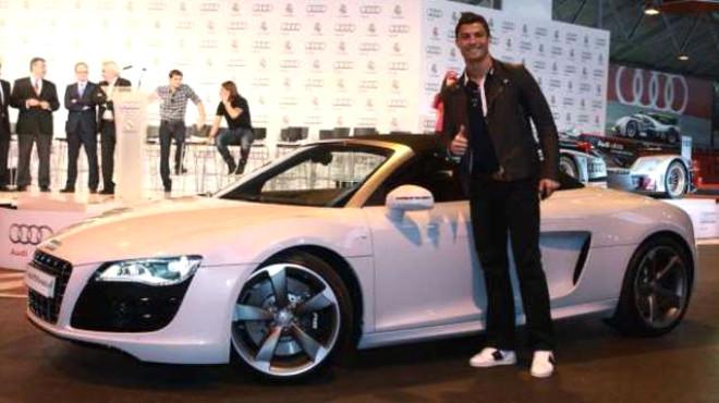 İşte Cristiano Ronaldo'nun Muhteşem Otomobil Koleksiyonu
