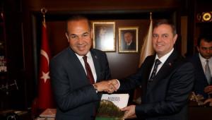 Adana - Kosova İlişkileri Güçleniyor