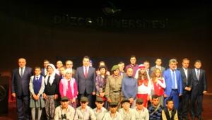 Duygulandıran Çanakkale Tiyatro Gösterisi