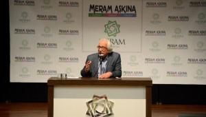Bahadıroğlu'ndan Fetih Konferansı