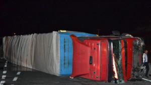 Kocaeli-özel) Mültecileri Taşıyan Otobüs ile Tır Kaza Yaptı
