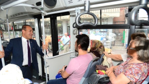 Başkan Sözlü Halkla Belediye Otobüsünde Buluştu