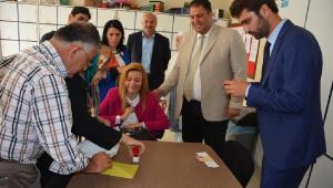 AK Parti'nin Engelli Milletvekili Adayı, Oyunu Öğretmenler Odasında Kullandı
