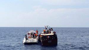 Finike Açıklarında İki Teknede 166 Sığınmacı Yakalandı