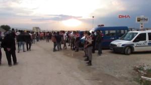 Afyonkarahisar'da Hdp Bayrağı ve Abdullah Öcalan Posteri Gerginliği