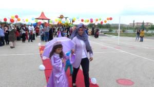 Sungurlu Myo Öğrencileri Kostüm Şenliği Düzenledi