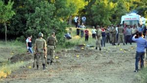 Palu'da Menfeze Tuzaklanan Bomba Patladı: Baba ile 2 Çocuğu Öldü - Fotoğraflar