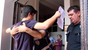 Zonguldak'ta Lys-4'e Giren Öğrenciler Baştan Aşağıya Arandı