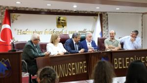 Makedon Öğrenciler Yunusemre'yi Ziyaret Etti