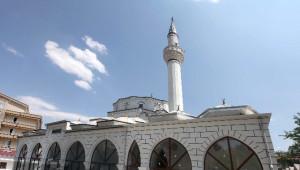 Yenimahalle'den İbadethanelere Ramazan Bakımı