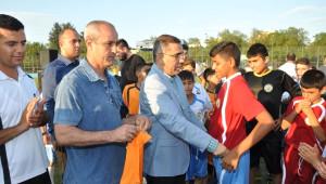 Yüreğir'de Yaz Futbol Okulu Başladı