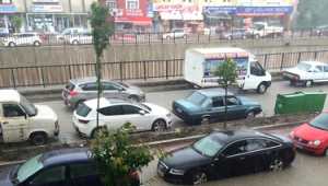 Yozgat'ta Yağmur Yolları Göle Çevirdi