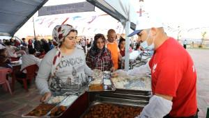 Fatma Şahin, Vatandaşlarla İftar Yaptı