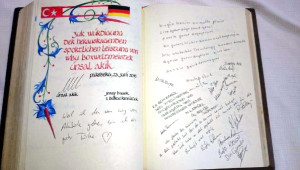 Dünya Boks Şampiyonu Türk'ü, Alman Belediyesi Onurlandırdı