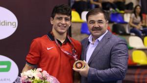 Cengiz Arslan, Avrupa Gençler Şampiyonu Oldu
