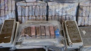 Fas'tan Uyuşturucu Getiren Tır'a Otoyolda Operasyon