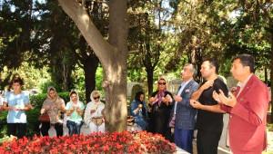 Kemal Sunal Ölümünün 15. Yıl Dönümünde Mezarı Başında Anıldı