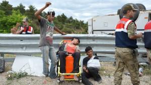Tarım İşçilerini Taşıyan Minibüs Devrildi: 1 Ölü, 20 Yaralı