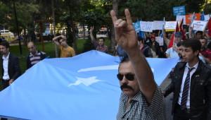 Ülkü Ocakları Doğu Türkistan İçin Yürüdü