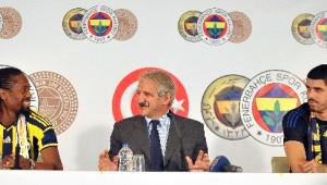 Fenerbahçe, Abdoulaye Ba ve Fabıano Rıbeıro ile İmzaladı