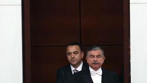 Aç-kapa' Yapılmasına Sinirlenen Mahmut Tanal: Allah Belanızı Versin, Meclis'i Çalıştırmıyorsunuz