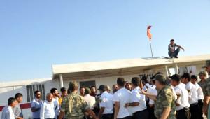 Eylem Yapan Tpıc İşçileri Gözaltına Alındı