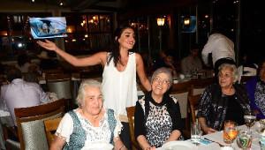 Mehmet ve Selda Topal Çifti İftar Düzenledi