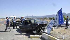 Seydişehir'de İki Otomobil Çarpıştı: 6 Yaralı
