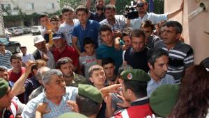 Bursa'da Altın Madeni İstemeyen Köylüler, Çed Raporu İçin Gelenlerin Yolunu Kesti