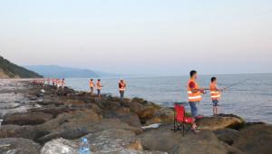 Amatör Balıkçılar Yakakent'te Yarıştı