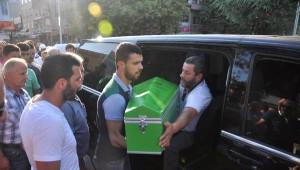 Sofuoğlu 4 Aylık Oğlu Hamza'yı Gözyaşlarıyla Toprağa Verdi