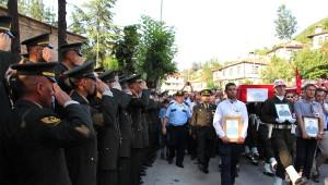 Şehit Uzman Çavuş Sarpkaya, Askeri Törenle Uğurlandı (4)