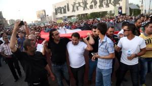 Bağdatlılardan Elektrik Kesintisi Protestosu